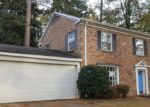 Foreclosed Home en FORREST HILL DR, Columbus, MS - 39701