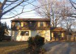 Foreclosed Home en HIDDEN DR, Clementon, NJ - 08021