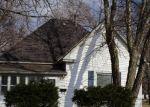 Foreclosed Home en S MAIN ST, Sullivan, IL - 61951