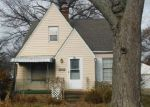 Foreclosed Home en ELSIENNA AVE, Cleveland, OH - 44135