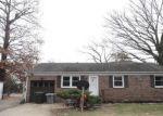 Foreclosed Home en SCOTT DR, Hampton, VA - 23661