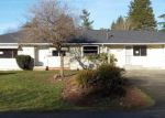 Foreclosed Home en W VIEW DR, Everett, WA - 98203