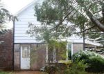 Foreclosed Home en W 4TH ST, Washburn, WI - 54891
