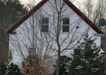 Foreclosed Home en PRECINCT ST, Lakeville, MA - 02347