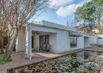 Foreclosed Home en LONGMONT DR, Houston, TX - 77056