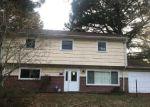 Foreclosed Home en LOCKAMY LN, Norfolk, VA - 23502