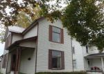 Foreclosed Home en S 10TH ST, Coshocton, OH - 43812