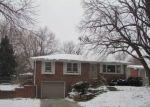Foreclosed Home en MEADOW DALE DR, Lincoln, NE - 68505