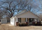 Foreclosed Home en PINE ST, Rossville, KS - 66533