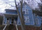 Foreclosed Home en CRANDALL ST, Norwich, NY - 13815