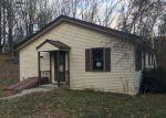 Foreclosed Home en OLD GOSHEN RD, Newport, NH - 03773