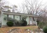 Foreclosed Home en EVERGREEN DR, Brick, NJ - 08723