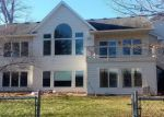 Foreclosed Home en LAKELAWN DR, Lindstrom, MN - 55045