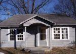 Foreclosed Home en N 7TH ST, Van Buren, AR - 72956