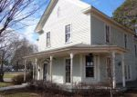 Foreclosed Home en S MASSEY ST, Selma, NC - 27576