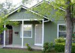 Foreclosed Home en 14TH AVE, Sacramento, CA - 95820