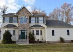 Foreclosed Home en GWYN AVE, North Brunswick, NJ - 08902