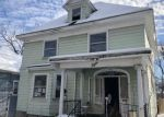 Foreclosed Home en WOODRUFF PL, Auburn, NY - 13021