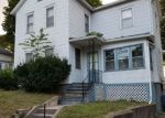 Foreclosed Home en ELM ST, Meriden, CT - 06450
