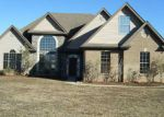 Foreclosed Home en RENWICK LN, Calera, AL - 35040
