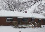 Foreclosed Home en S CALUMET AVE, Aurora, IL - 60506
