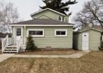 Foreclosed Home en PINE AVE, Lake Orion, MI - 48362