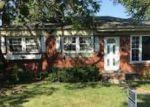 Foreclosed Home en PRINCETON ST, Saint Clair Shores, MI - 48081
