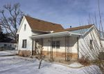 Foreclosed Home en E 2ND ST, Hastings, NE - 68901