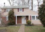 Foreclosed Home en GANTTOWN RD, Blackwood, NJ - 08012