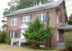 Foreclosed Home en W JONES ST, Trenton, NC - 28585