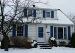 Foreclosed Home en SHADY OAK BLVD, Cleveland, OH - 44125