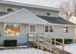 Foreclosed Home en W TALLMADGE PL, Milwaukee, WI - 53218