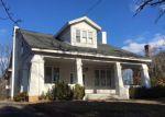 Foreclosed Home en BATTERY AVE, Emporia, VA - 23847