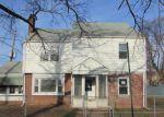 Foreclosed Home en JONES AVE, New Brunswick, NJ - 08901
