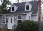 Foreclosed Home en W LEICESTER AVE, Norfolk, VA - 23503