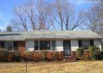 Foreclosed Home en GLENSPRING RD, Richmond, VA - 23223