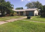 Foreclosed Home en LOVELY LN, North Fort Myers, FL - 33903