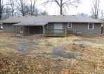 Foreclosed Home en WEBSTER AVE, Kansas City, KS - 66104