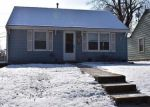 Foreclosed Home en LOCUST AVE, Kansas City, KS - 66106