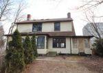 Foreclosed Home en HUNTINGTON TPKE, Bridgeport, CT - 06610
