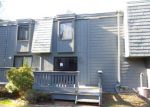 Foreclosed Home en TROLLEY CROSSING LN, Middletown, CT - 06457