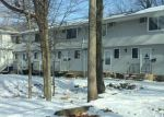Foreclosed Home en BENTWOOD DR, Waterbury, CT - 06705