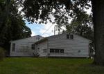 Foreclosed Home en E PARK AVE, Terre Haute, IN - 47805