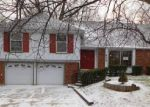 Foreclosed Home en W 81ST LN, Overland Park, KS - 66204