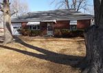 Foreclosed Home en SUNSET DR, Sedalia, MO - 65301
