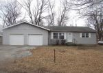Foreclosed Home en DONALD AVE, Saint Charles, MO - 63301
