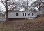 Foreclosed Home en OAK FOREST CIR, Matthews, NC - 28104