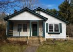Foreclosed Home en SMATHERS ST, Canton, NC - 28716