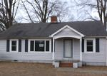 Foreclosed Home en AUSTIN CHANEY RD, Wingate, NC - 28174