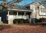 Foreclosed Home en TOWHEE ST, Fayetteville, NC - 28304
